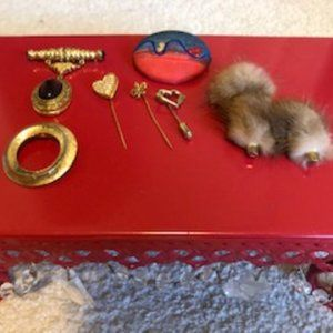 Vintage Lot of Costume Jewelry 4 Brooches + 3 pins